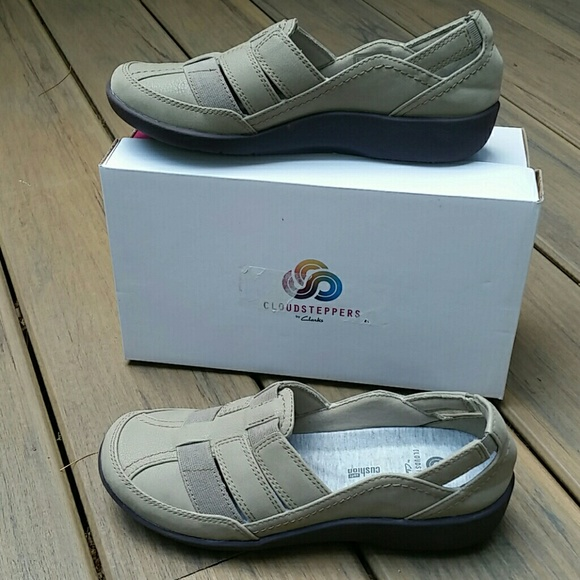 Clarks Shoes   Cloudsteppers Sillian
